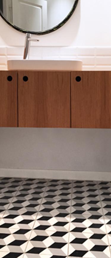 carreaux de ciment graphique salle de bain paris 2ième